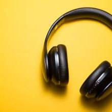 Top 5 Chatty Podcasts To Beat Social Distancing Loneliness