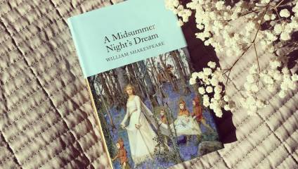 A Midsummer Night's Dream by William Shakespeare (Macmillan Collector's Library) - light turquoise book with gold gilt edges